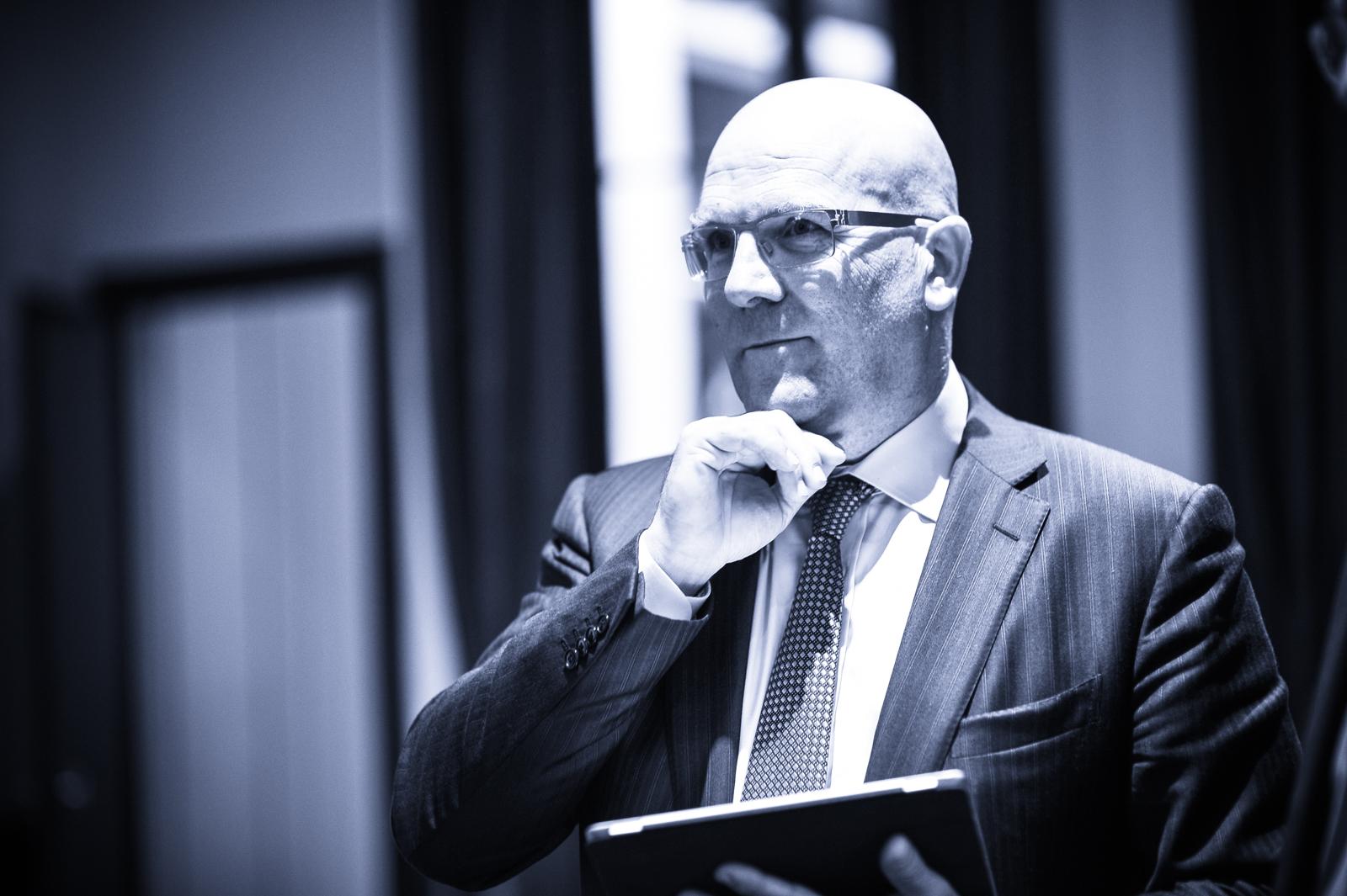 Bruno Bonnell : speaker pour des conférences autour de l'industrie numérique et robotique